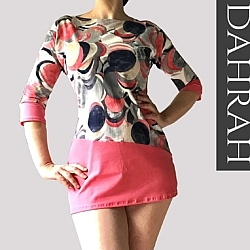 Dahrah, beautiful viscose summer T-shirt for woman with modern dot pattern in coral, grey and blue shades.