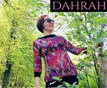 Beautiful Dahrah woman T-shirt, fresh summer georgette with beautiful pattern in pink, purple, black and white shades.