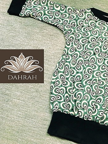 Beautiful and exclusive Dahrah woman T-shirt, fresh summer georgette 100% italian silk with abstract pattern in green shades.