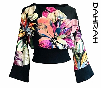 Beautiful summer crop top by Dahrah made with amazing Italian silk mix fabric with a stunning floreal pattern.