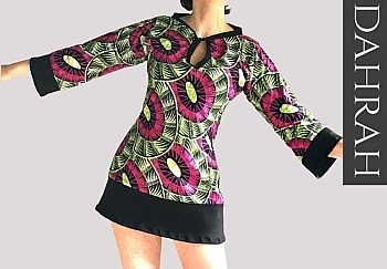 Beautiful Dahrah woman T-shirt, in amazing African print fabric with psychedelic and ethinc pattern.