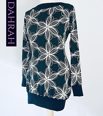Dahrah Fashion viscose mix T-shirt for the winter, with abstract geometrical flower pattern on petrol blue background.