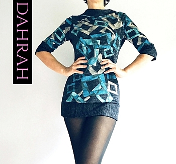 Dahrah Fashion winter sweater for women with blue geometrical patterns on grey background.