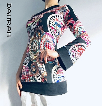 "Beautiful Dahrah woman cotton jersey T-shirt with black and pink colorful pattern ""ethnic style"" and asymmetrical design."